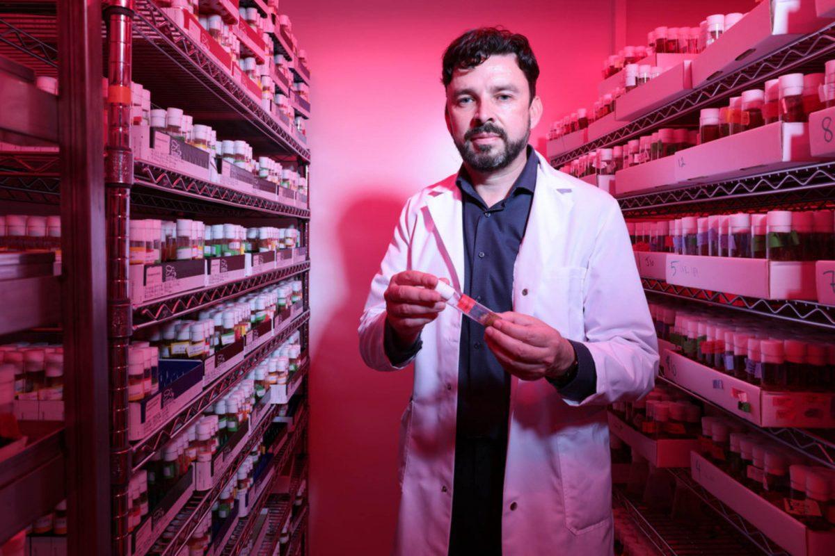 Prof. Brian McCabe, a neuroscientist at EPFL's Brain Mind Institute © Alain Herzog